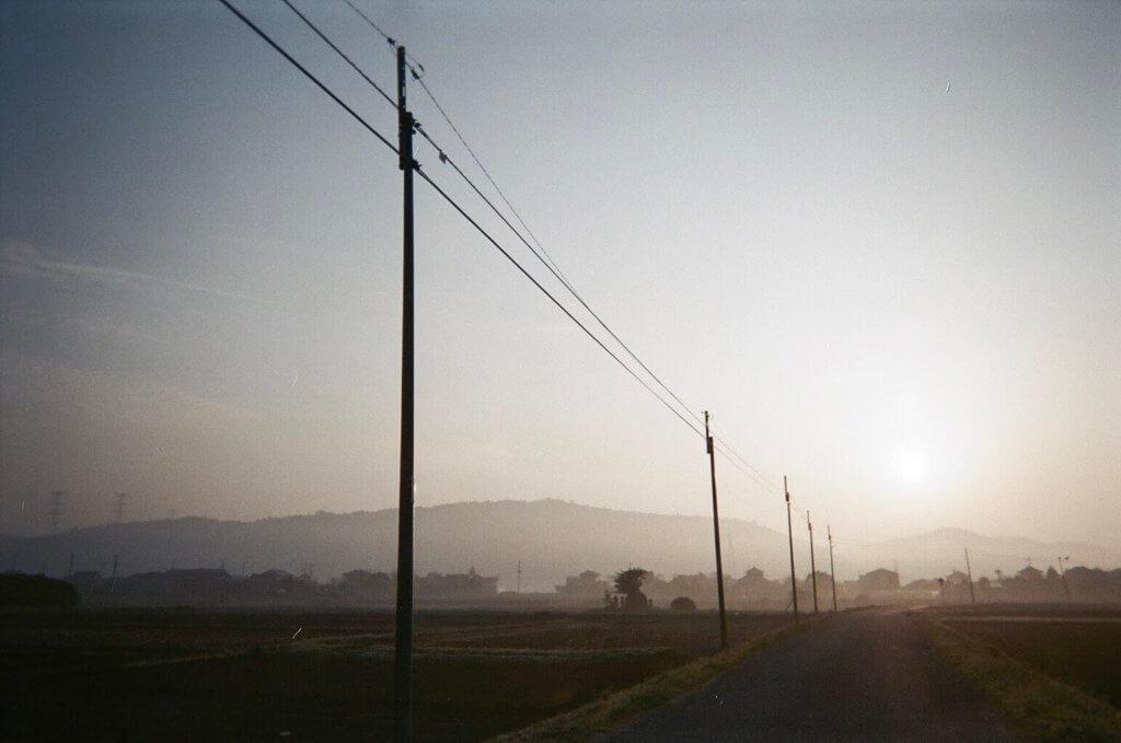 朝焼け 電柱 写真